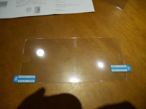 WANLOK - iPhone6 ガラスシートを貼付ける
